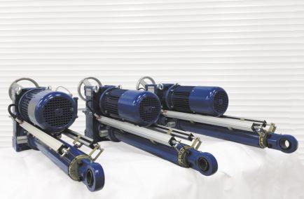 Электроцилиндры для подхвата подъемно-опускных ворот